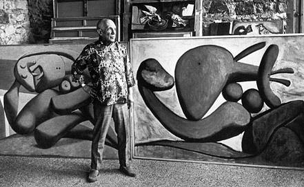 Пабло Пикассо в своей мастерской, 1968 год. Фото ИТАР-ТАСС