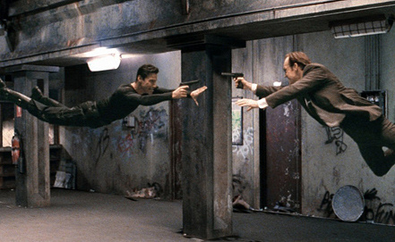 "Стоп-кадр из фильма ""Матрица"""
