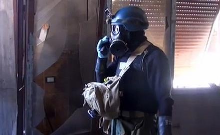 Инспекция специалистов ООН в пригороде Дамаска. Фото EPA/ИТАР-ТАСС