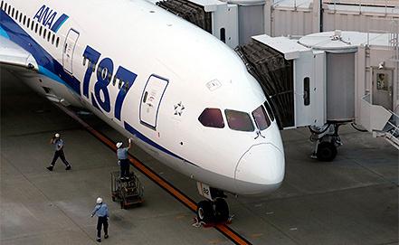Boeing 787 Dreamliner. Фото EPA/KIMIMASA MAYAMA