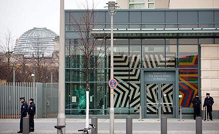 Посольство США в Берлине. Фото ИТАР-ТАСС / EPA/ KAY NIETFELD