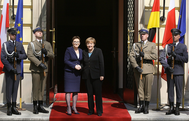 Polish Prime Minister Ewa Kopacz and German Chancellor Angela Merkel