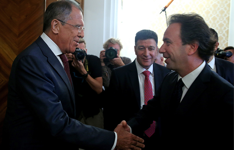 Russian Foreign Minister Sergey Lavrov and Khaled Khoja