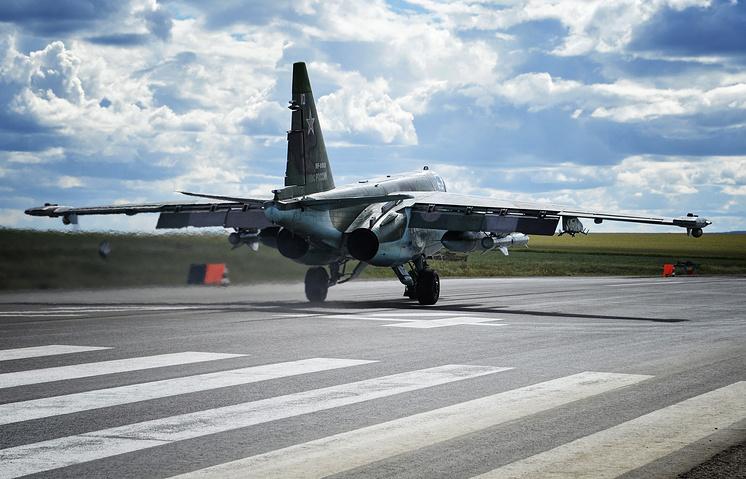 Su-25 attack aircraft