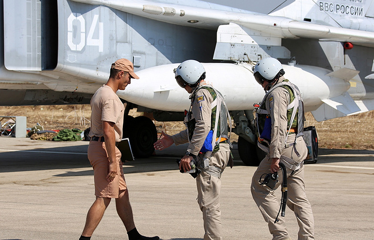 Russian pilots at the airbase in Syria
