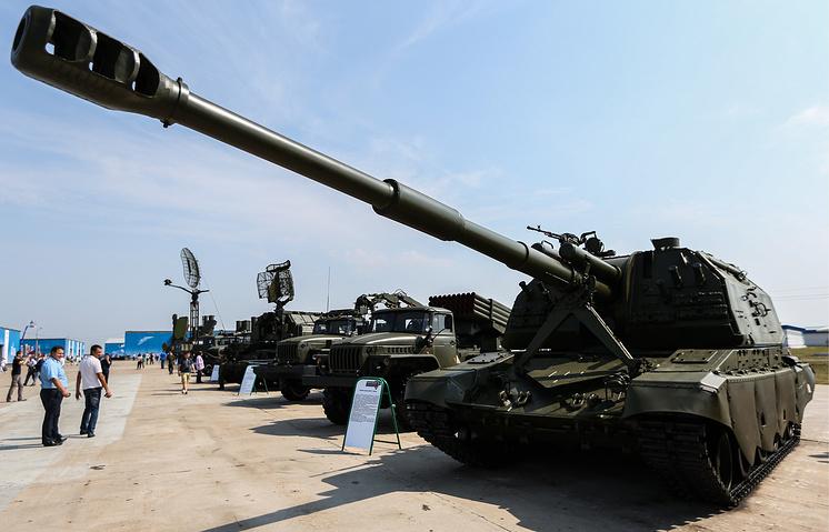 """Самоходная артиллерийская установка """"Мста-С"""" на Международной выставке вооружения, технологий и инноваций """"Оборонэкспо-2014"""" в Жуковском"""
