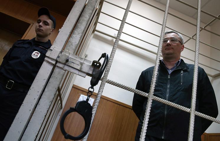 Глава Республики Коми Вячеслав Гайзер (справа)