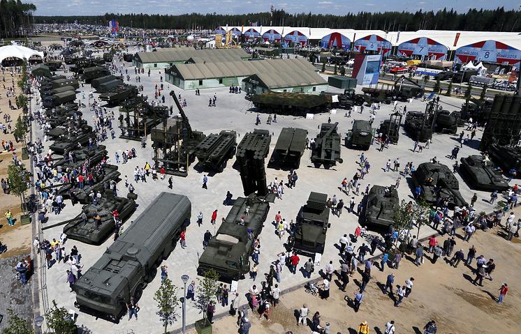 """Международный военно-технический форум """"Армия-2015"""""""