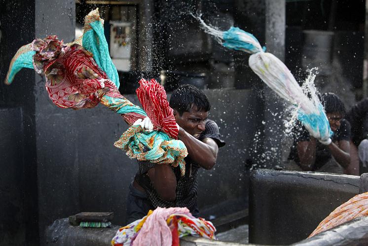 Представители касты Дхоби в Мумбаи