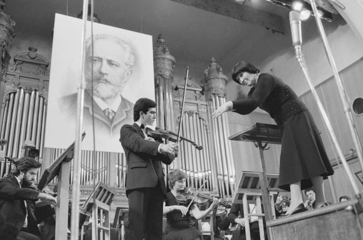 Вероника Дударова и скрипач Мовсес Погонян, 1986 год